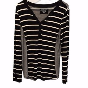 Greensource black & white striped shirt size large